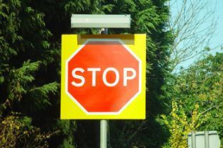 20061227235432-stop.jpg