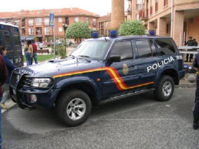 333. CUADERNOS DE CAMPAÑA IV. El extraordinario caso del coche de policía y otras historias.